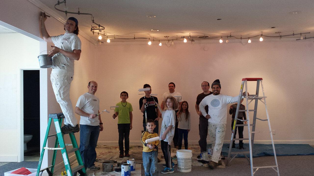 My Sisters Closet - Painting Volunteers