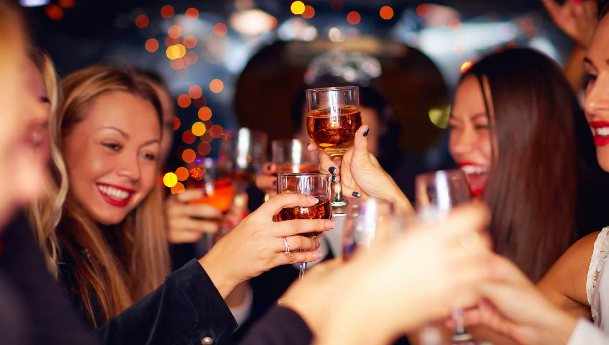 Mini Queen Gala/Free wine tasting